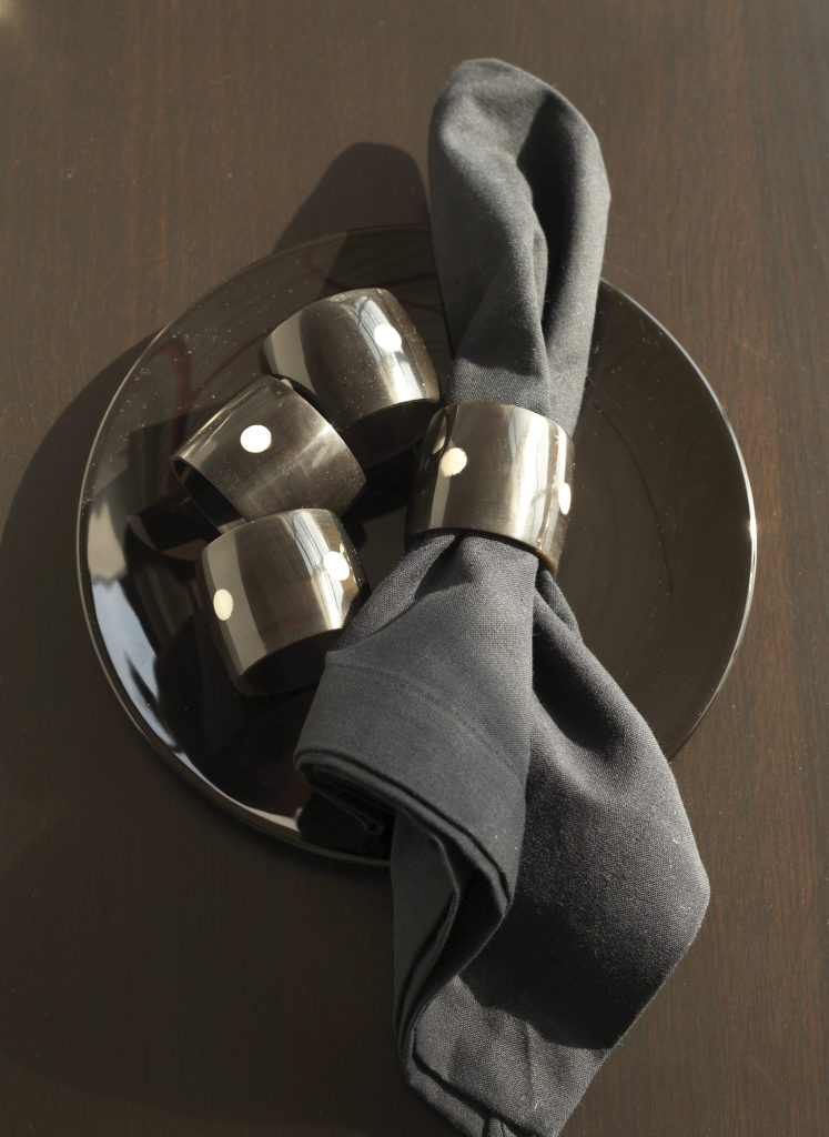 palm-wood-napkin-rings-set