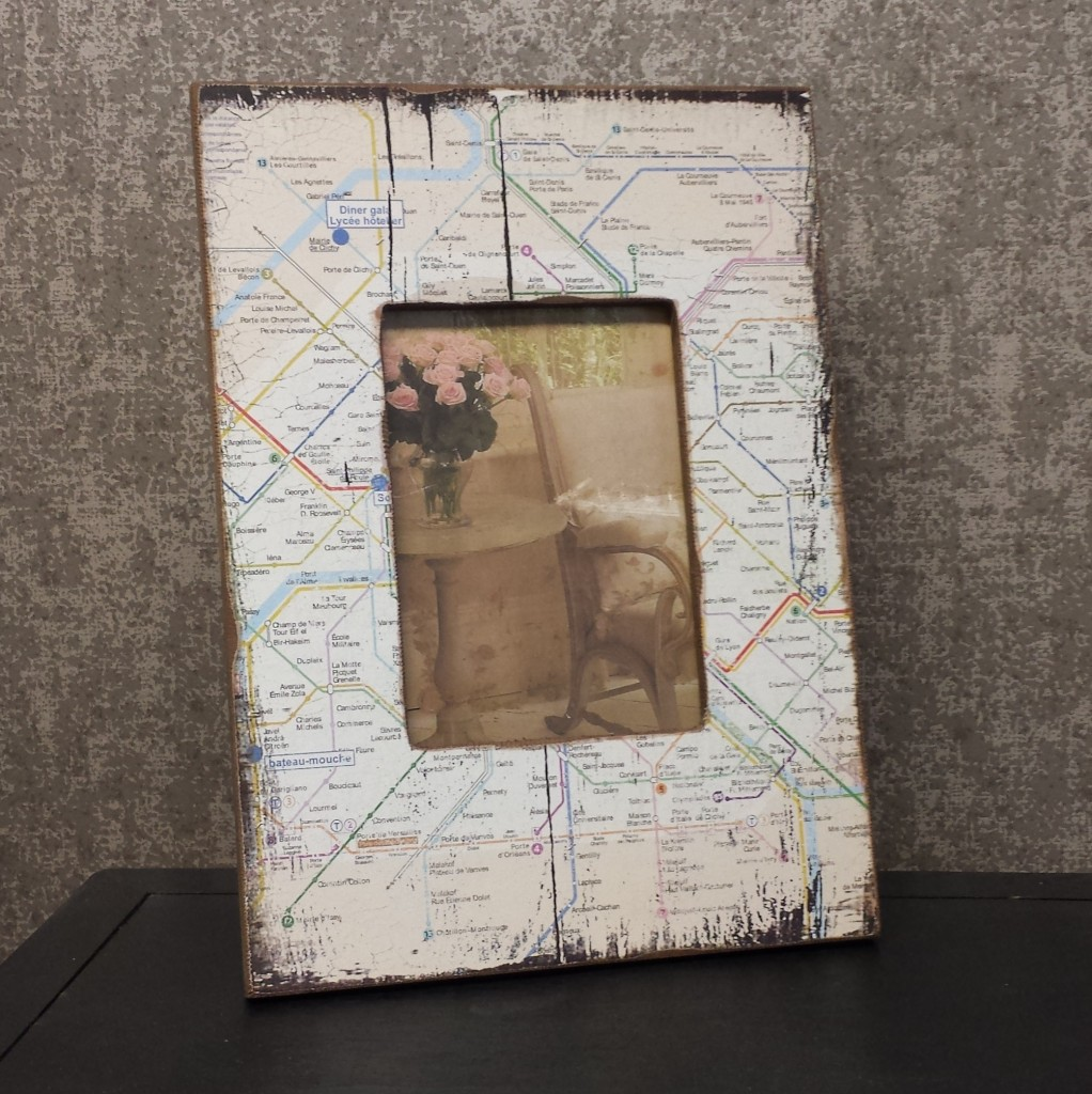map-photo-frame-square