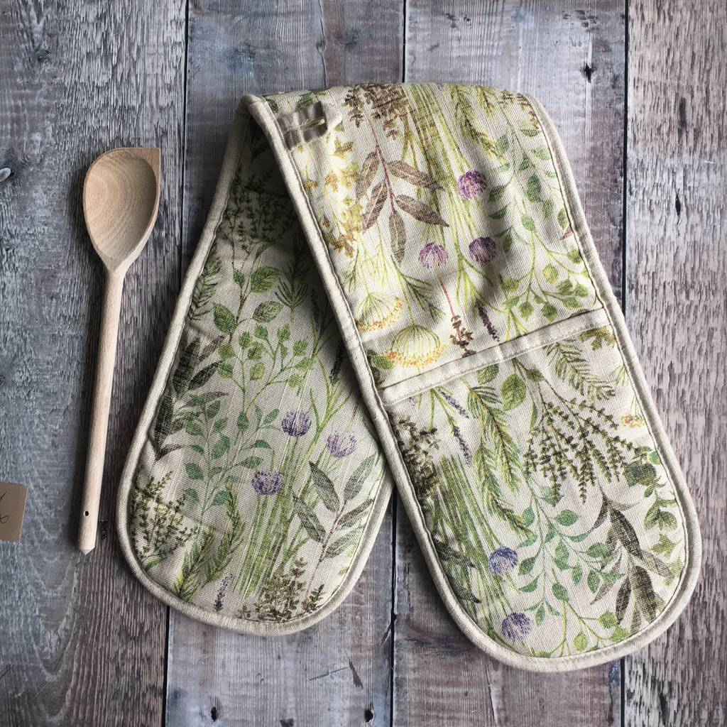 kitchen-herb-garden-double-oven-glove
