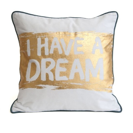 dream-cushion-front