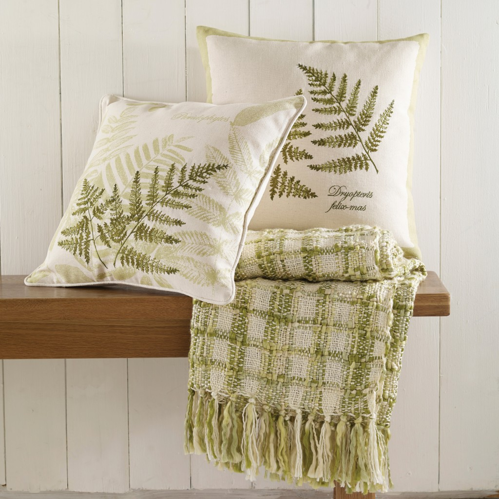 Archive cushion lifestyle – Fern-square