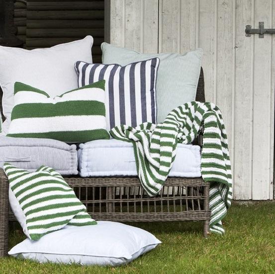 affair-throw-cushions-knitted