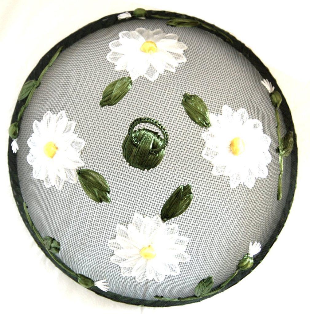 daisies-food-cover-gisela -graham