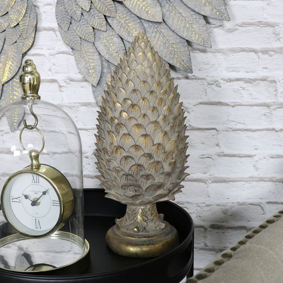 brushed-gold-pine-cone-finial