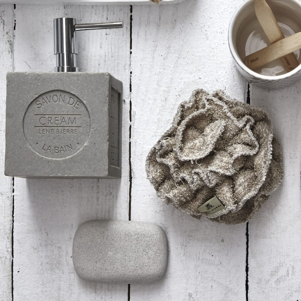 scrunchie-and-soap-dispenser