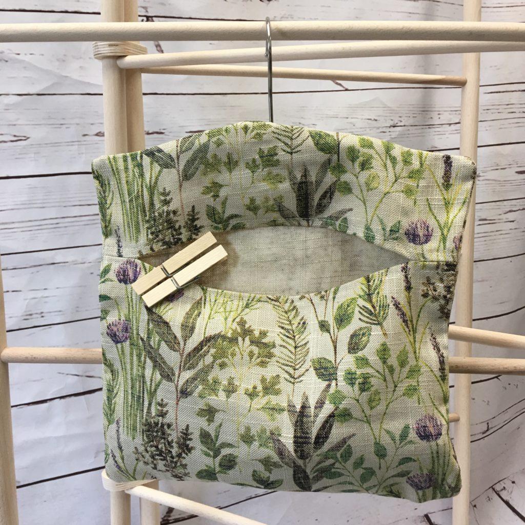 Herb Garden Peg Bag Mood 2