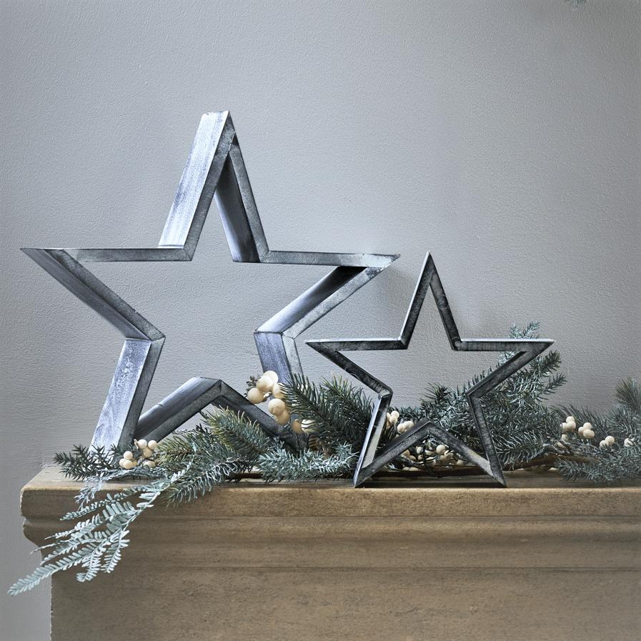 Set-2-wooden-grey-stars
