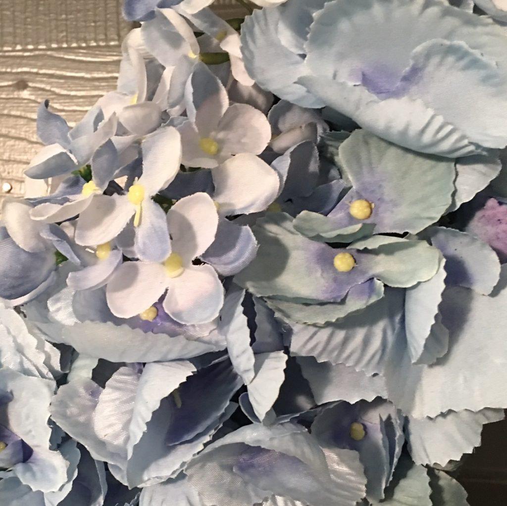 hydrangea-wreath-round-close