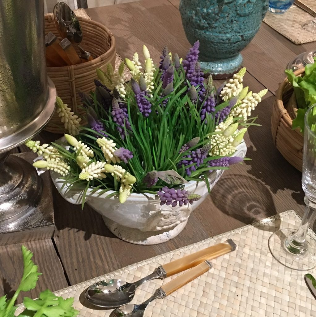 muscari-spray-flowers-faux-india-jane-white-lilac-mood-1