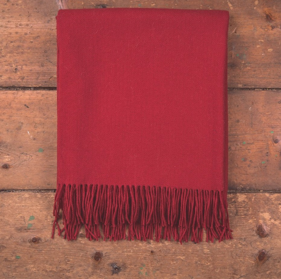oxford-solid-throw-lambswool-foxford-red