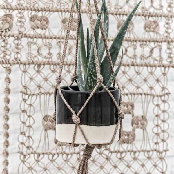 bora-hanging-planter-antracite