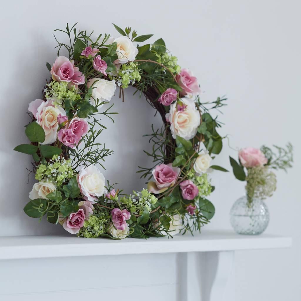 roses-door-wreath