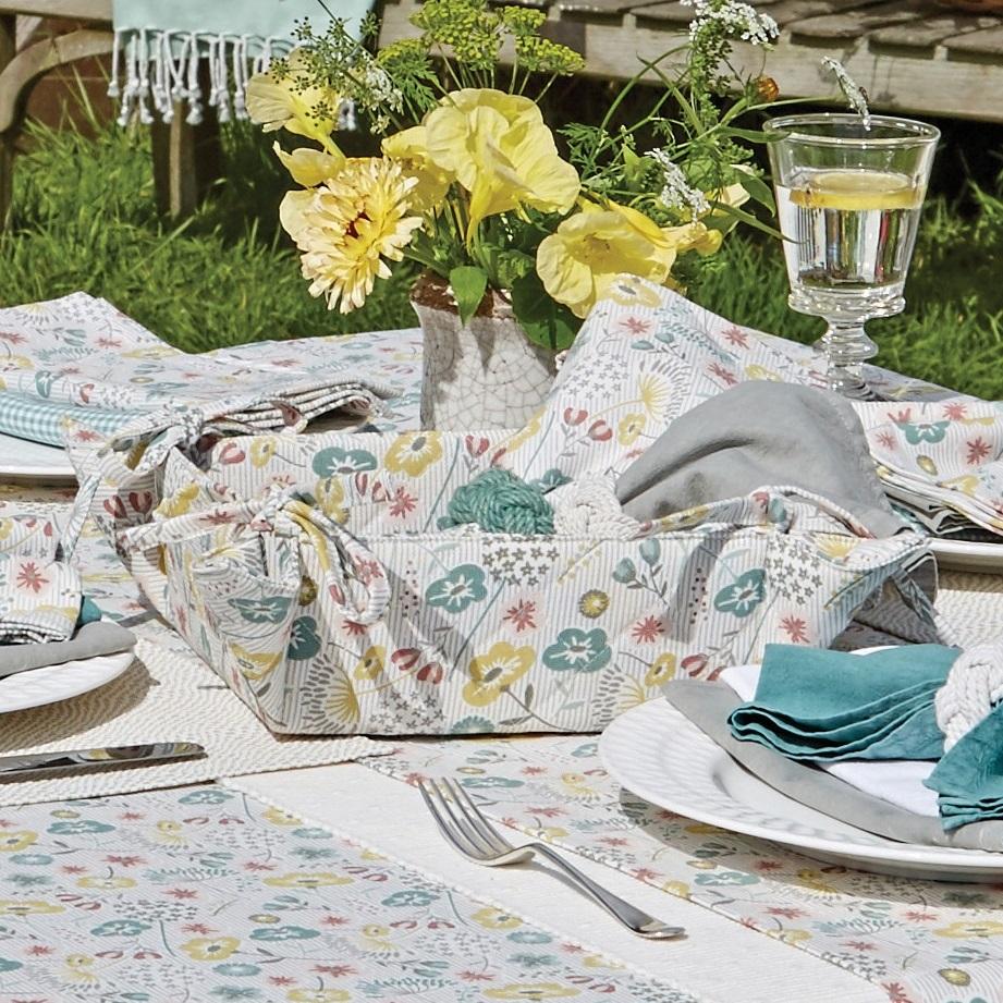 Secret Garden table linens bread basket