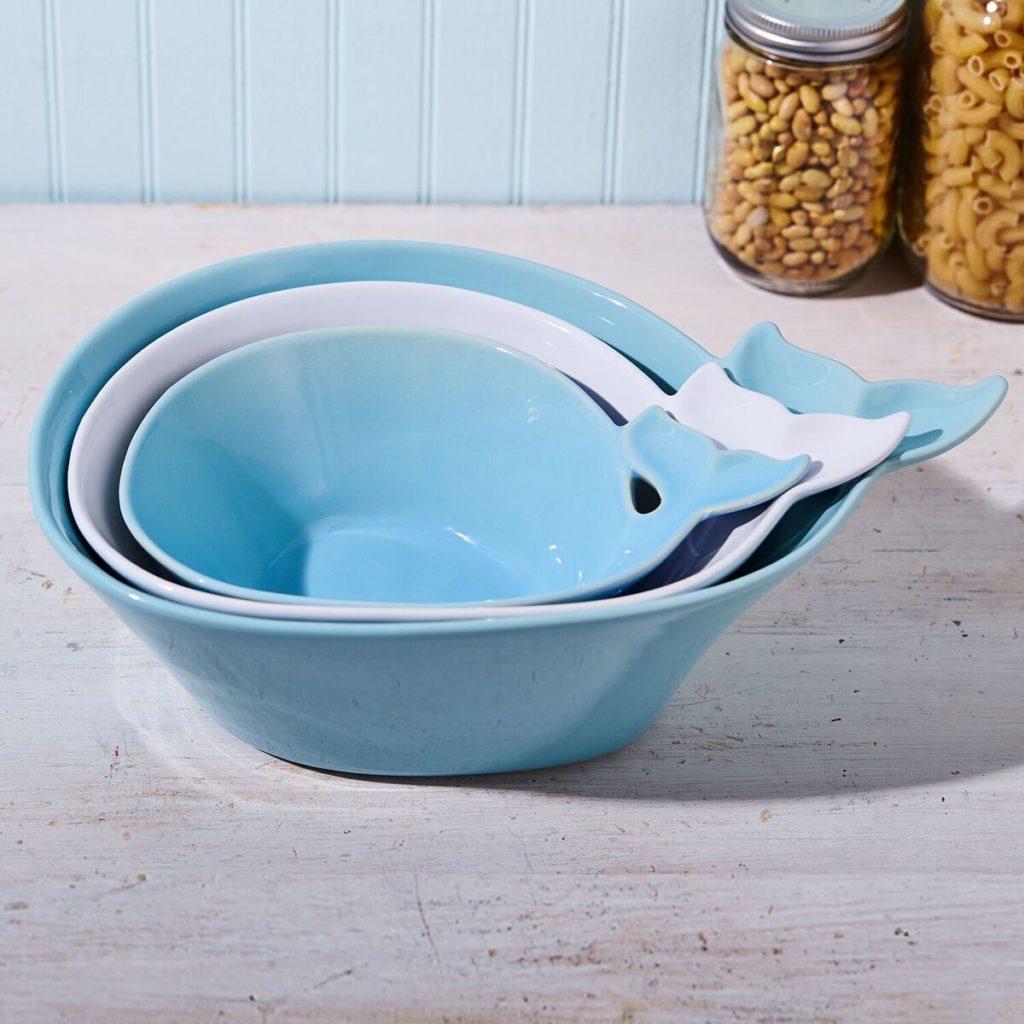 whale-serving-bowl-set-closed