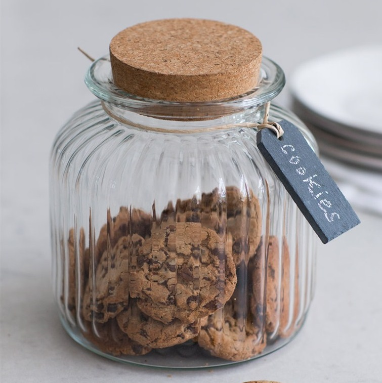 Cornbury-Cookie-Jar-with-Cork-Lid-and-Slate-Tag-VTGL03