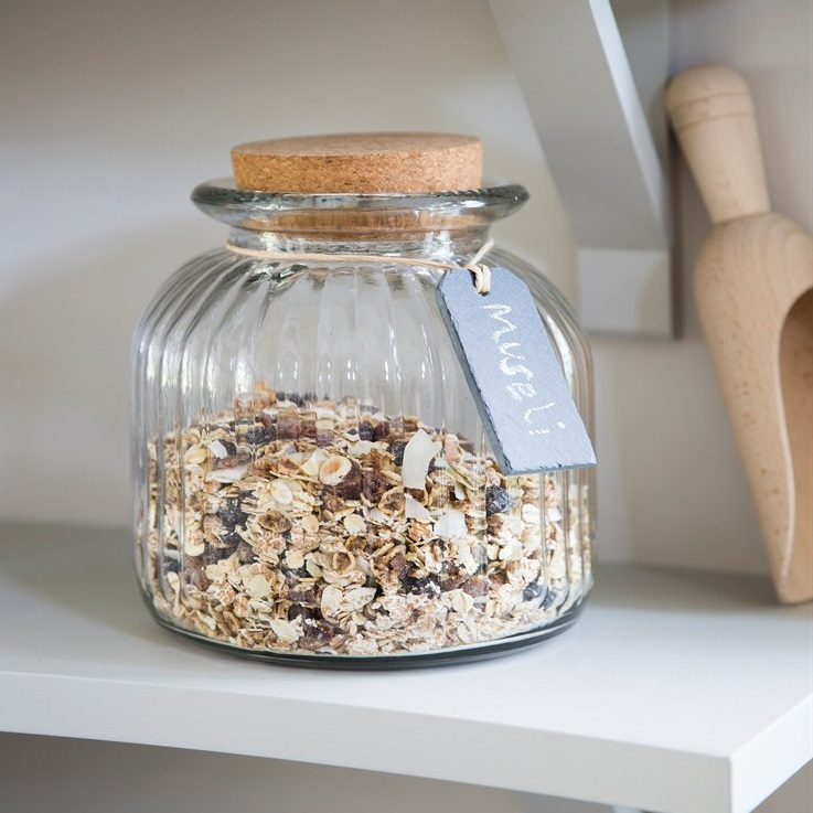 Cornbury-Jar-with-Cork-Lid-and-Slate-Tag-VTGL03