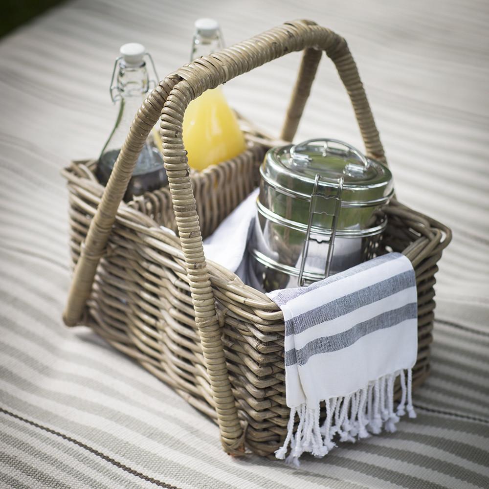 bembridge-picnic-basket-rattan