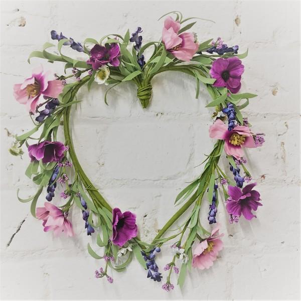 wreath-meadow-flowers_600x600