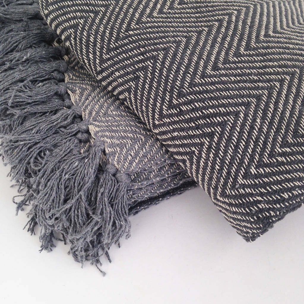 woven-grey-chevron-fringed-throw-1