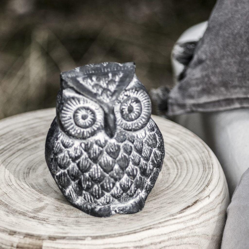 _DSC8830-Redigera-black-owl-ornament