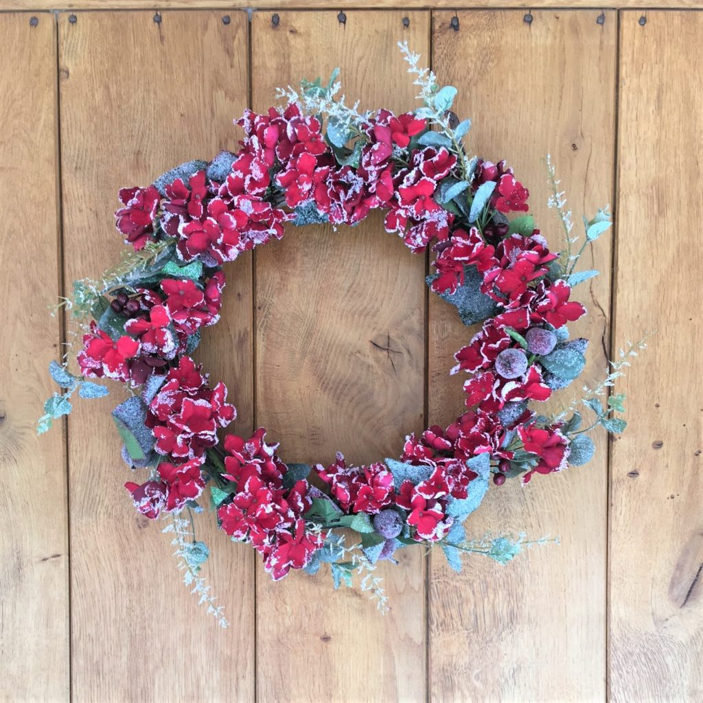 red-hydrangea-wreath-1