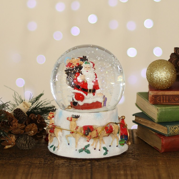 31724-santa-on-chimney-snow-dome