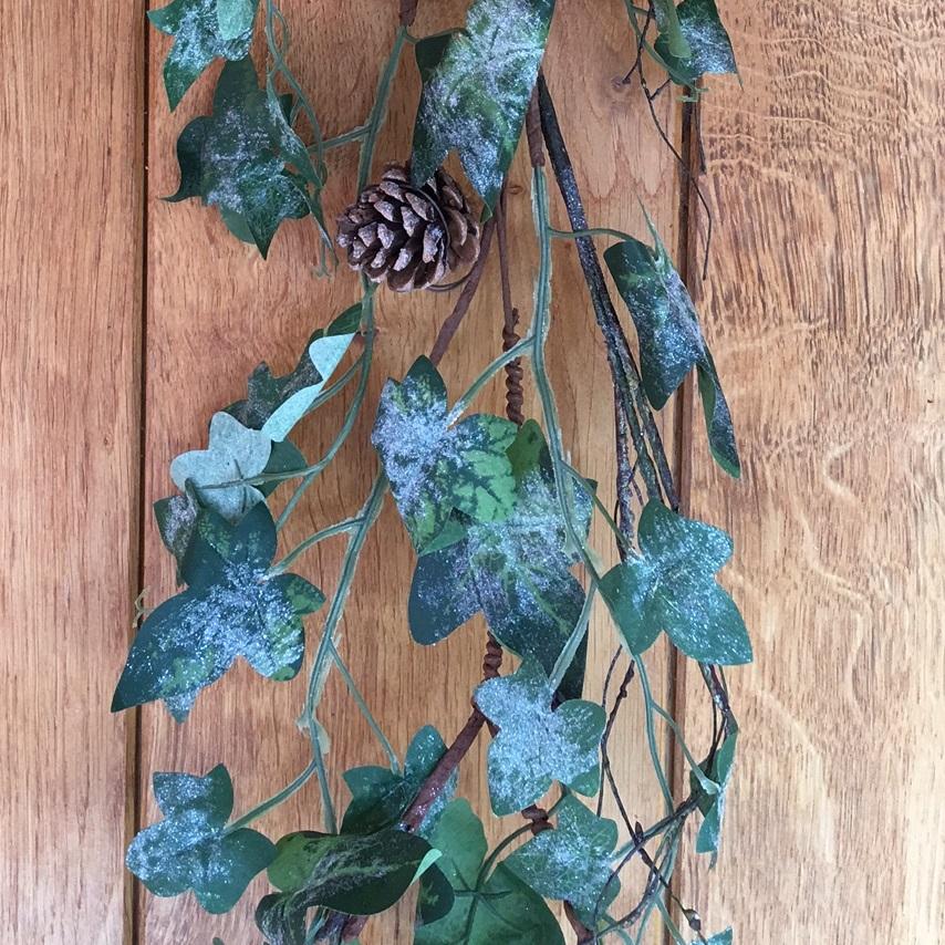 ivy-garland-1