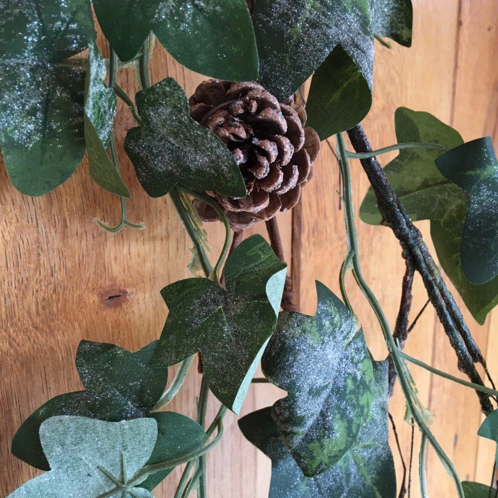 ivy-garland