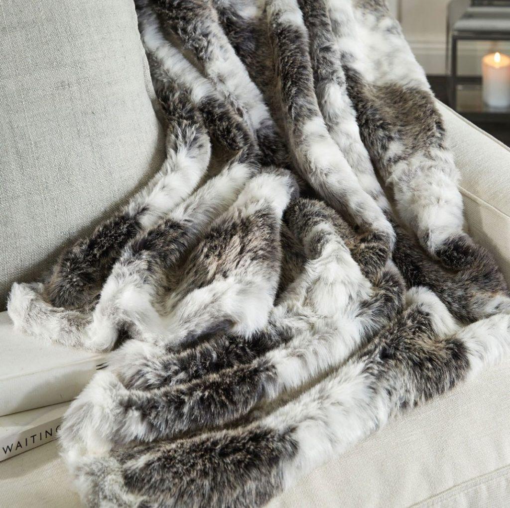 m_f-arctic-faux-fur-throw