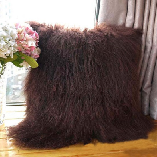 mongolian-_garnet-cushion-mood