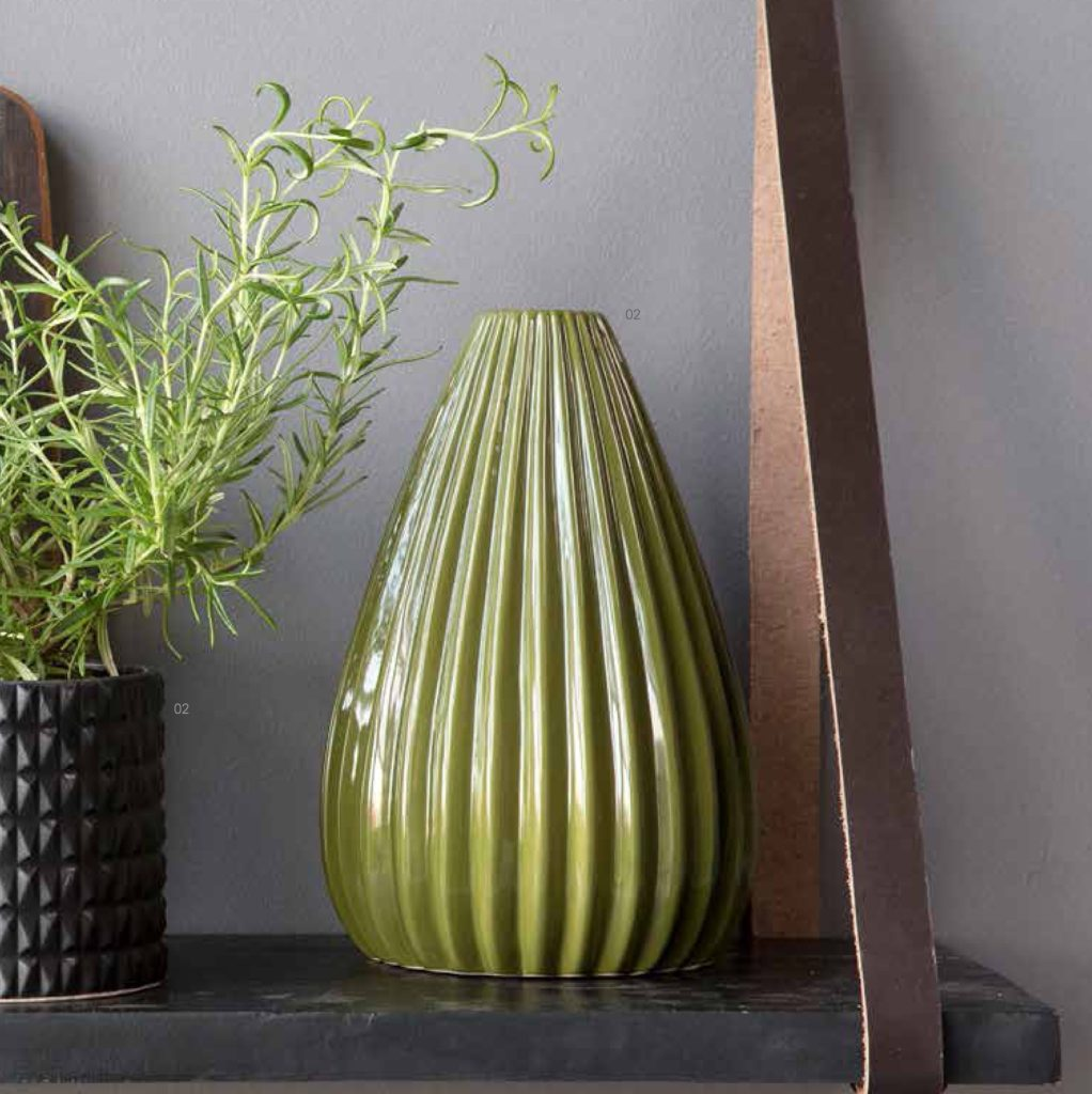 Bahne-green-vase-ribbed