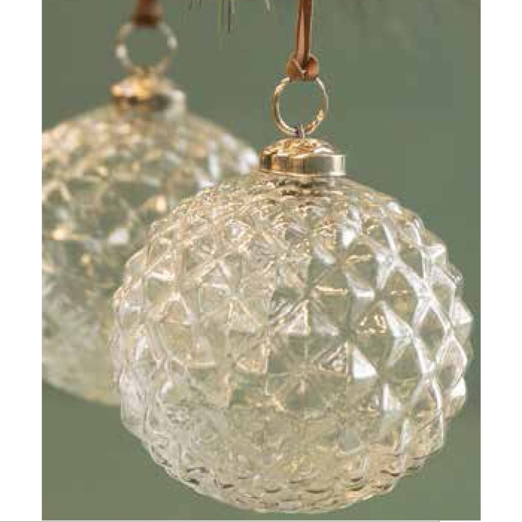 set-of-2-glass-baubales-tree-decorations