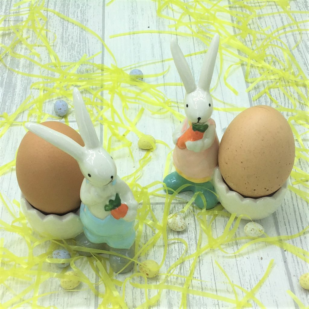 boy-girl-eggcups-easter