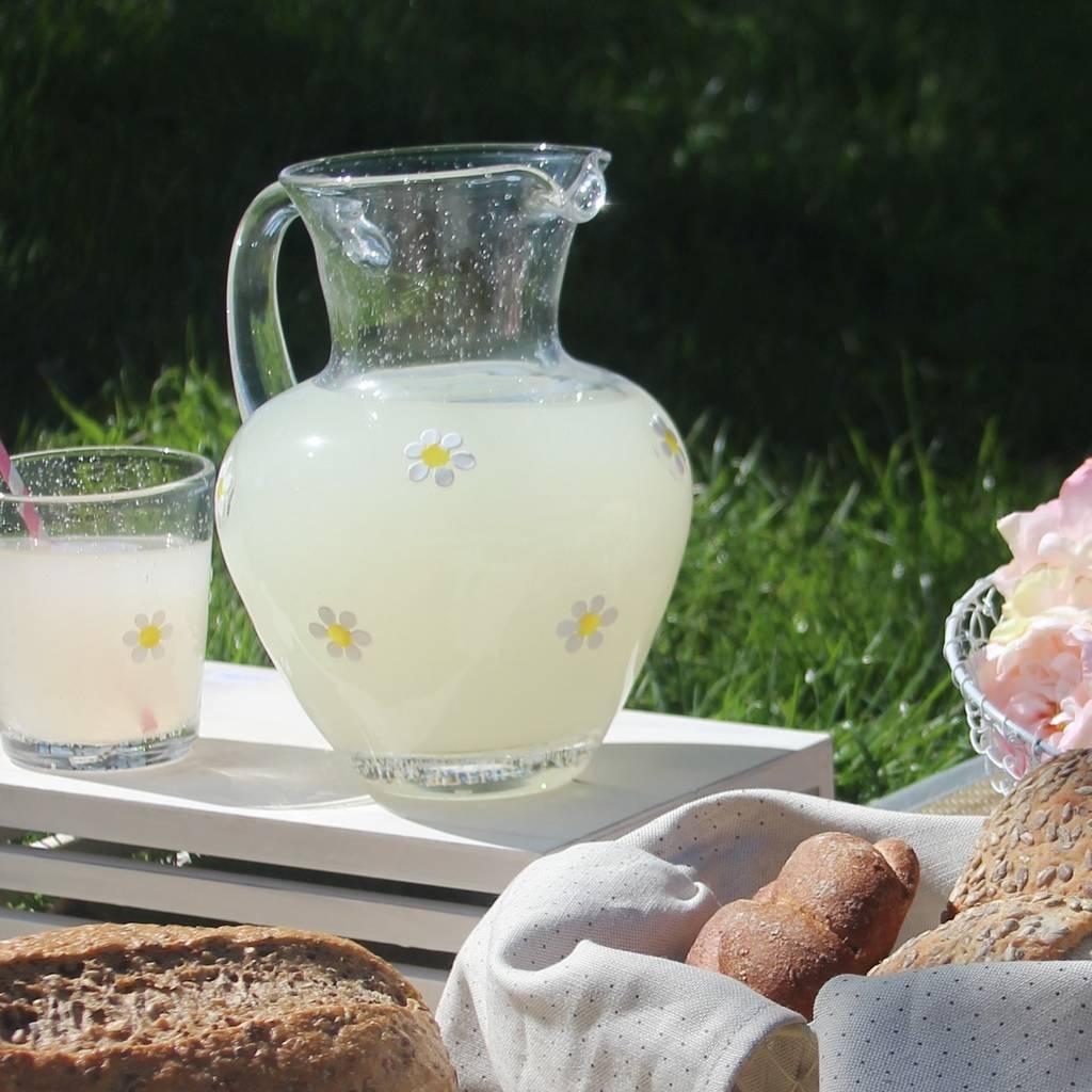 daisy-jug-large