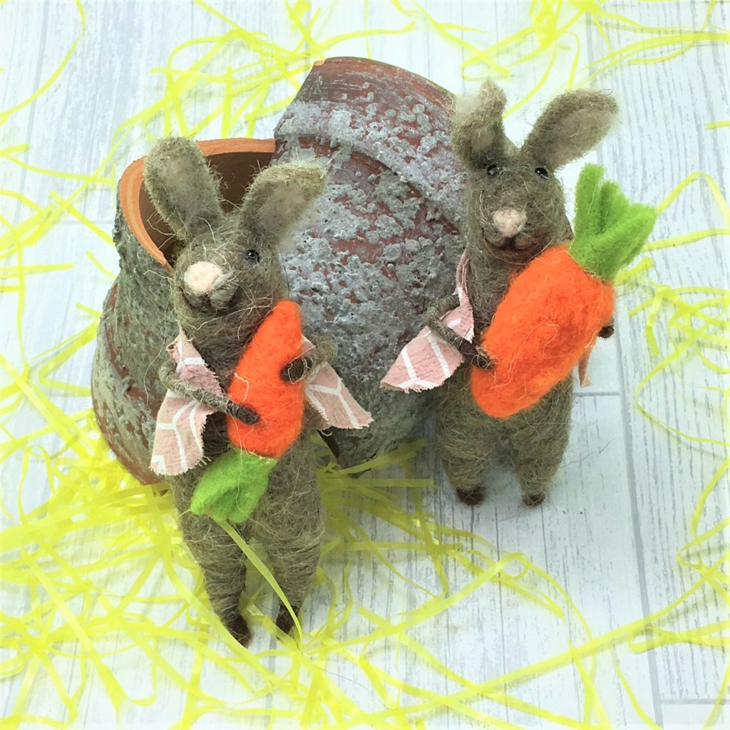 wool-mix-rabbits-carrots-pair