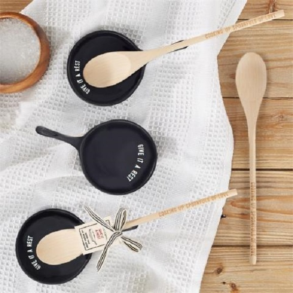 Spoon-Rest-Wooden-Spoon