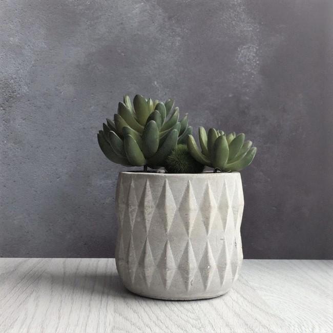 artificial-succulent-grey-cement-pot-high-2