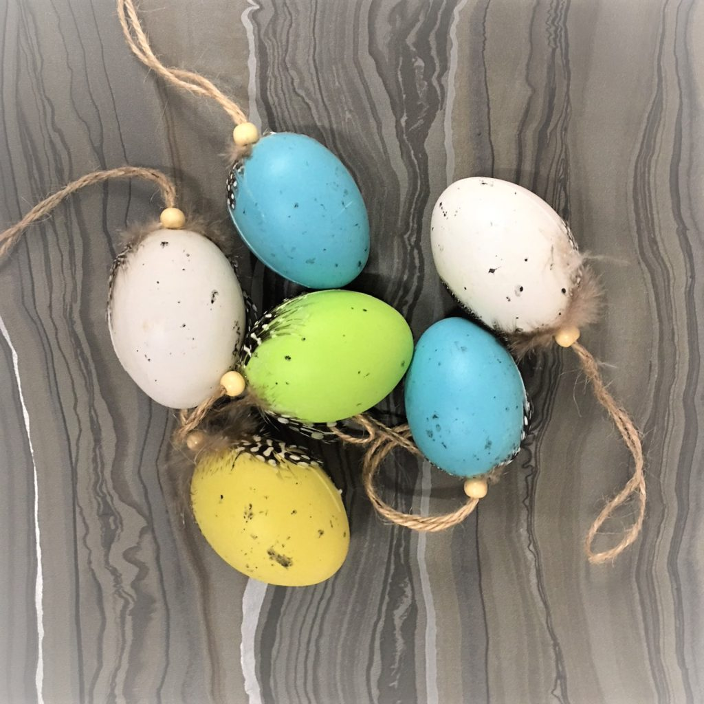 feather topped-coloured-eggs-1