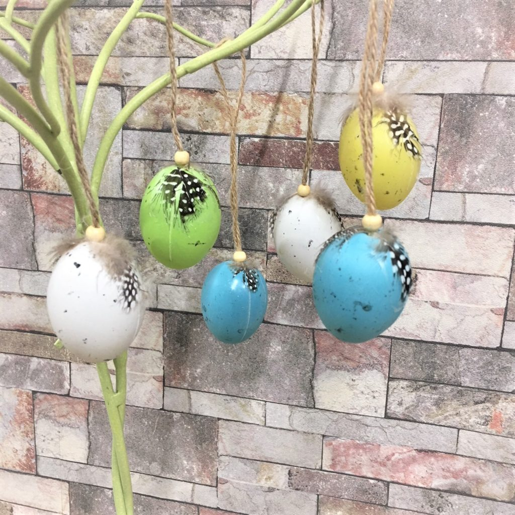 feather topped-coloured-eggs-3