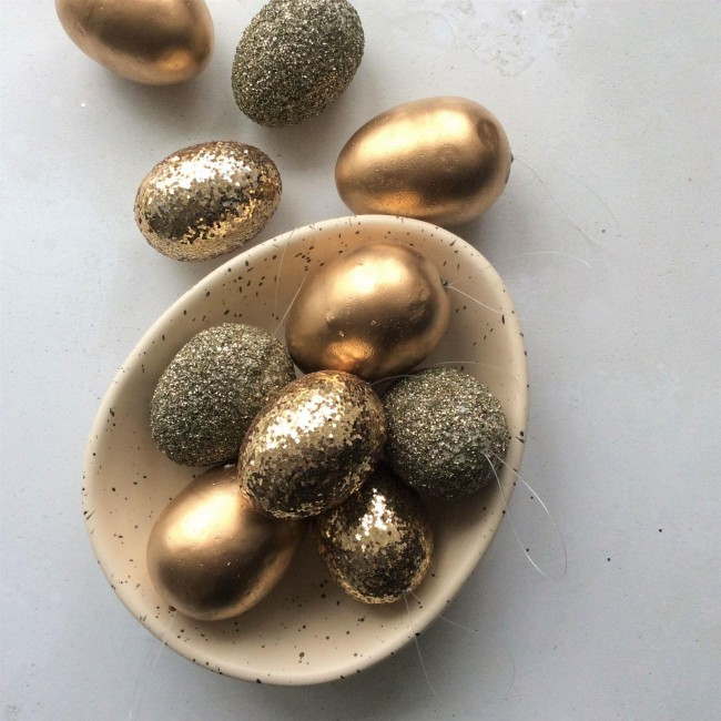 gold-easter-egg-decorations