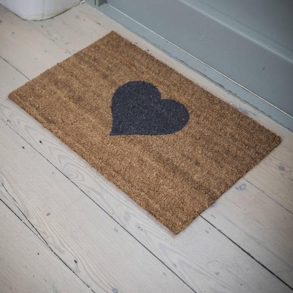 heart-doormat-mood