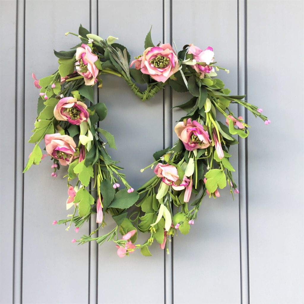 pink-heart-wreath-1