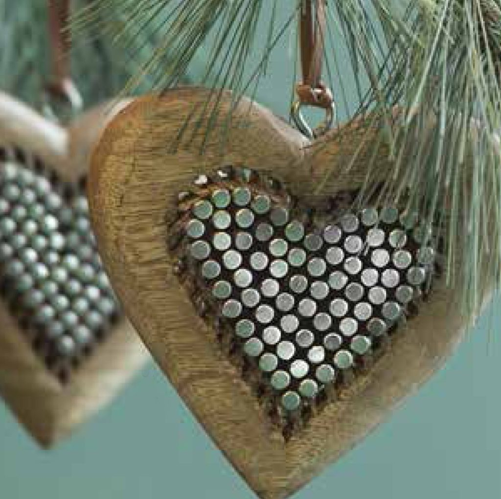 set-of-2-heart-wooden-metallic-tree-decorations