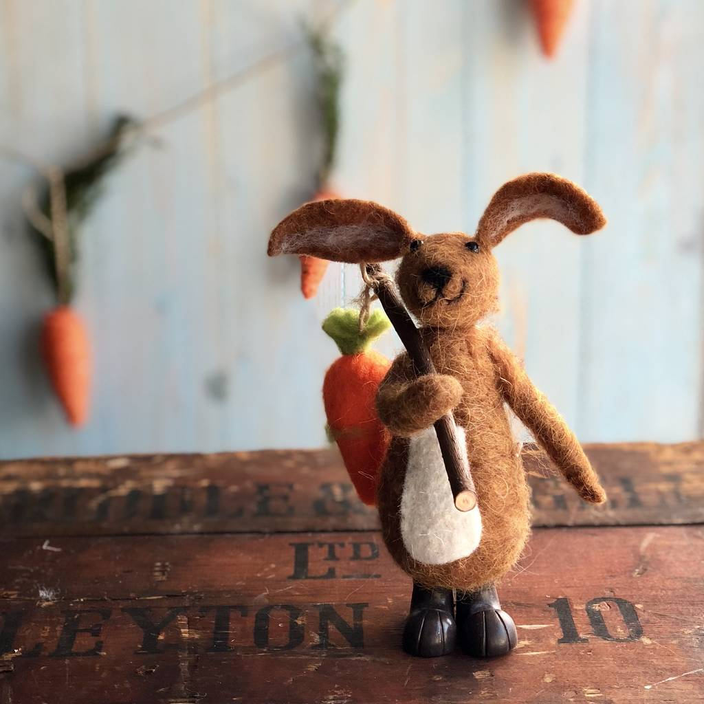 wool-bunny-easter-decoration