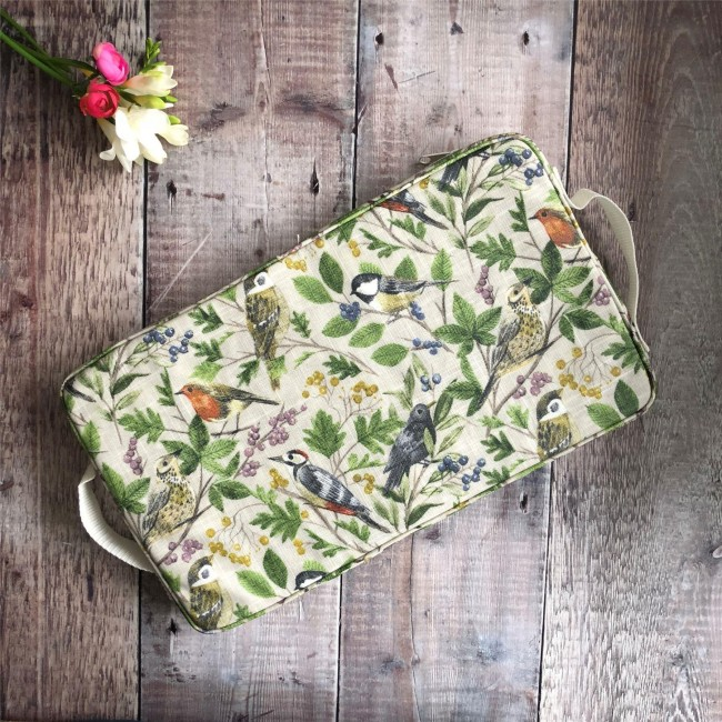 british-garden-birds-kneeler-pad