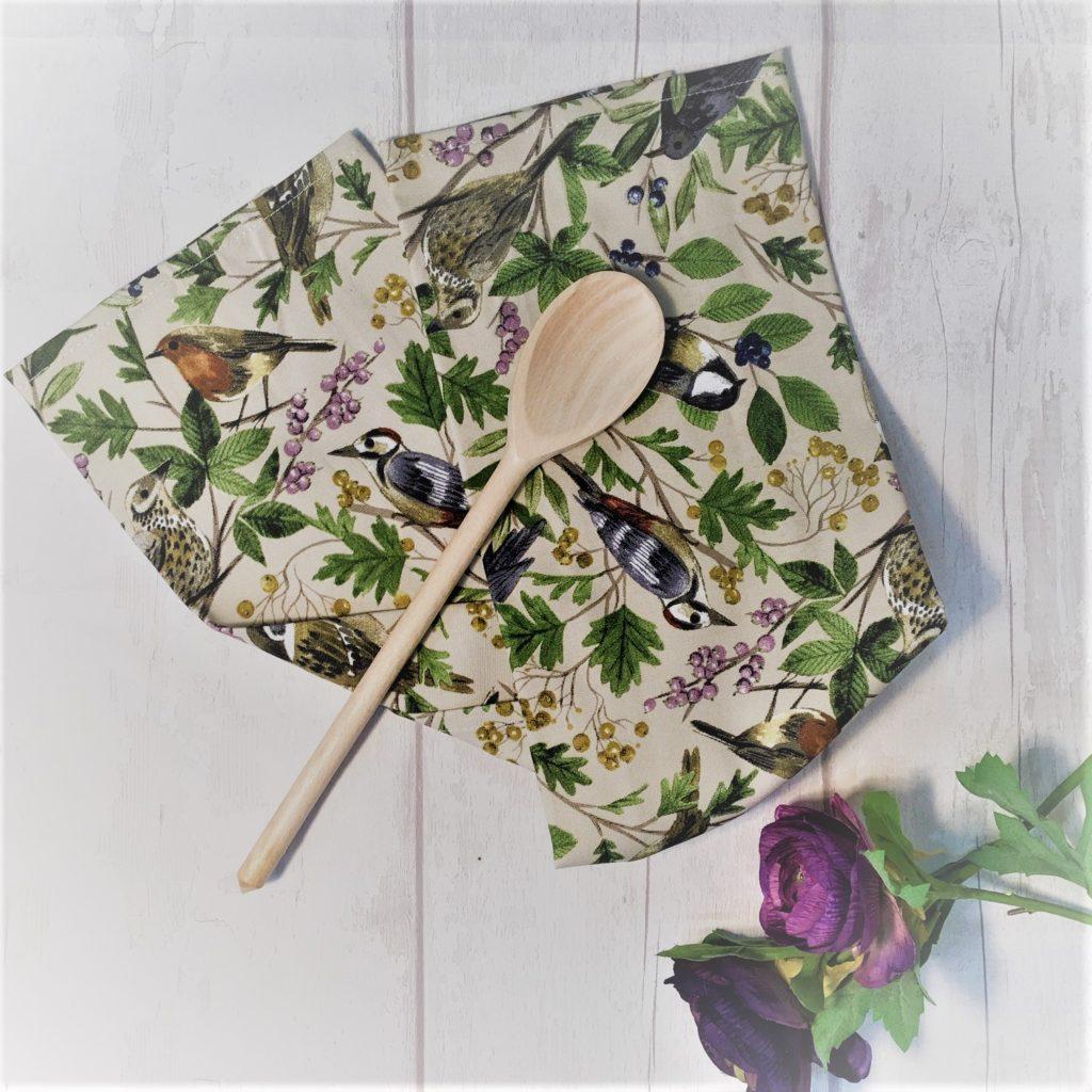 garden-birds-apron
