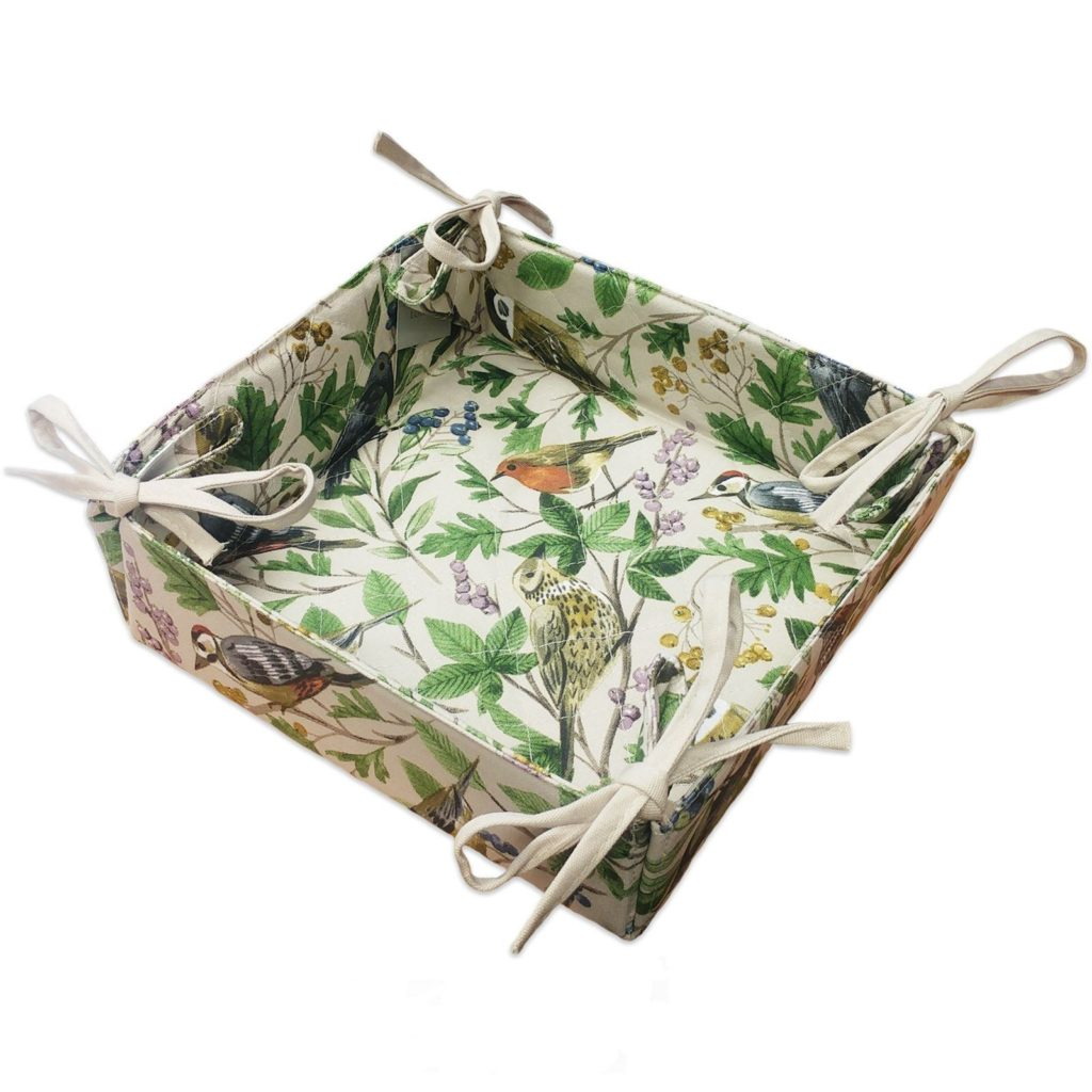 garden-birds-bread-basket
