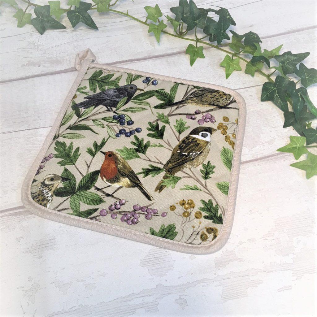 garden-birds-pot-holder