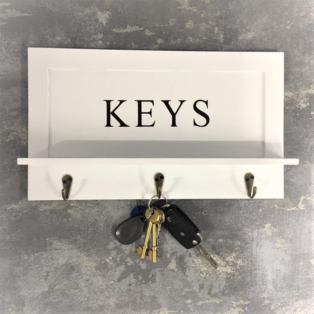 keys-hooks-plaque