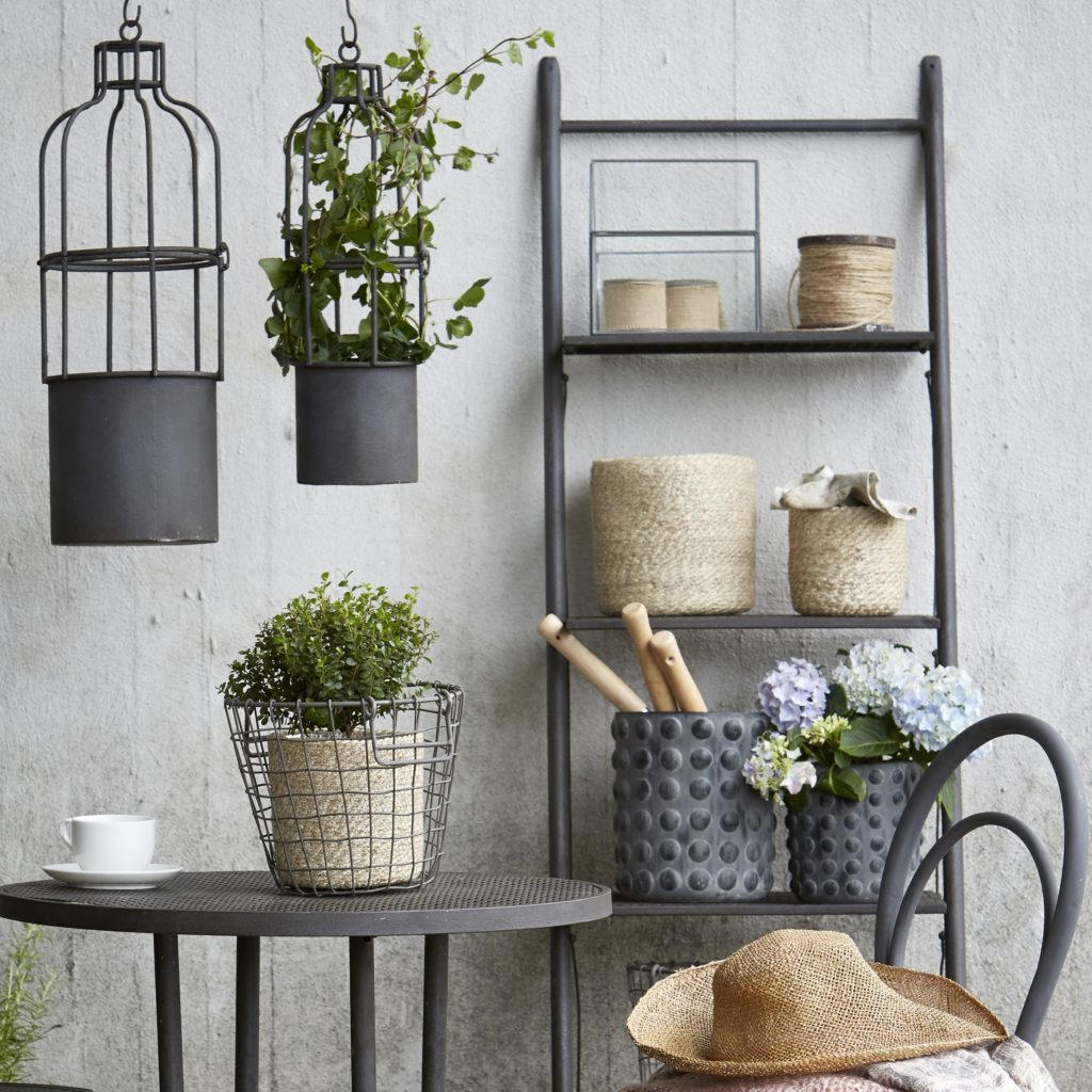 planters-woven-natural